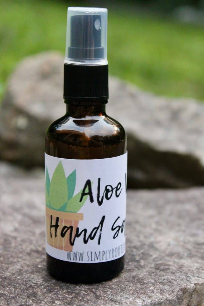 hand sanitizer with aloe vera label