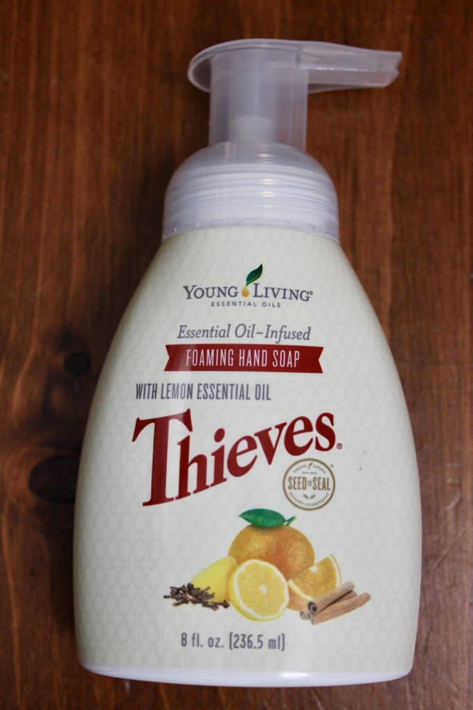 Thieves hand soap for non-toxic livestyle