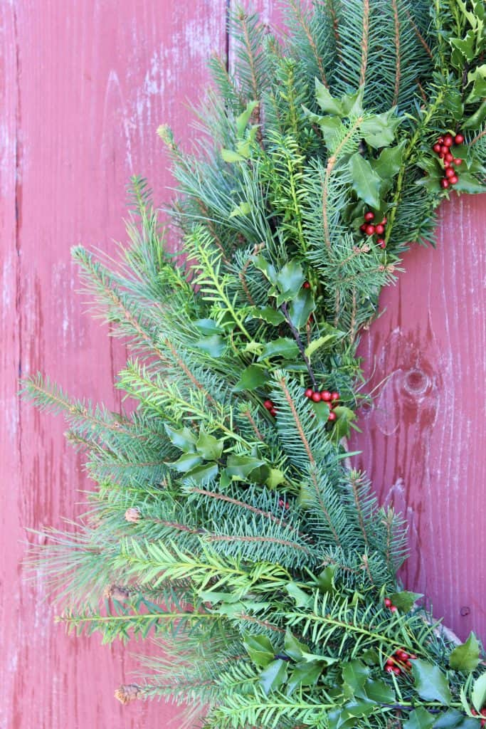 diy natural evergreen wreath with berries