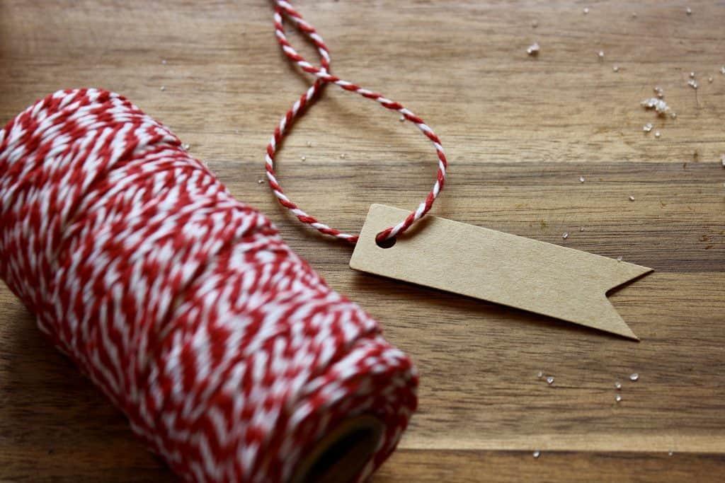 Eco-Friendly Christmas Gift Wrapping using twine